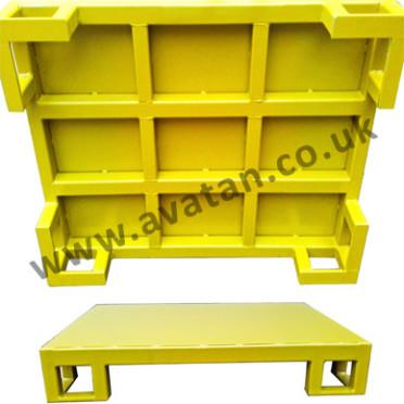 Flat-steel-pallet-four-way-free-entry-wm-372x372