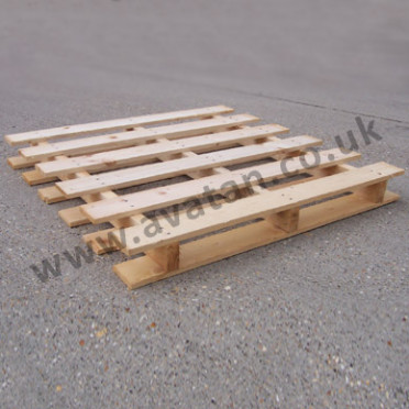 Timber-pallet-two-way-winged-372x372